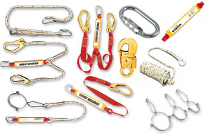LANYARDS, ROPES & KARABINERS